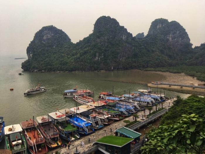 View from Động Thiên Cung