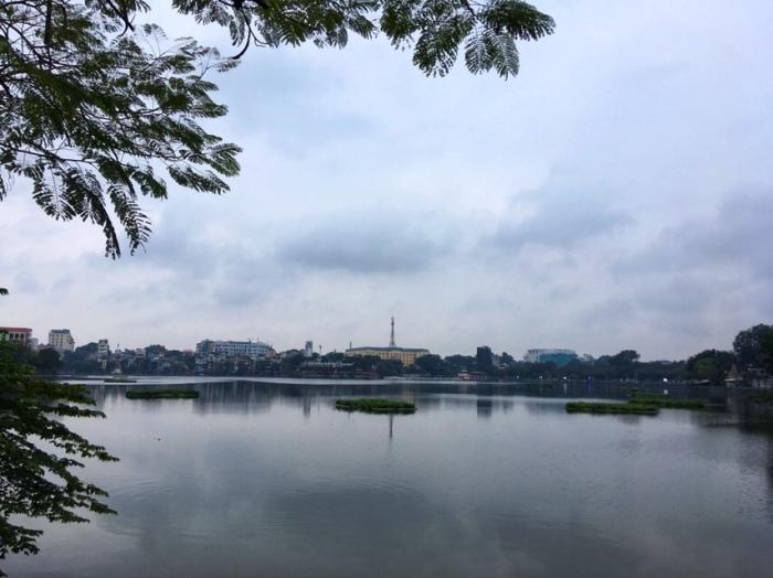 Ho Tay (the West Lake)