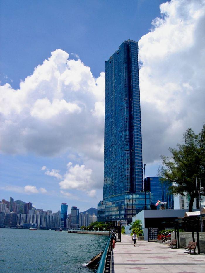 Promenade in Kowloon, Hong Kong. August 2010, Sony Cybershot DSC-S40