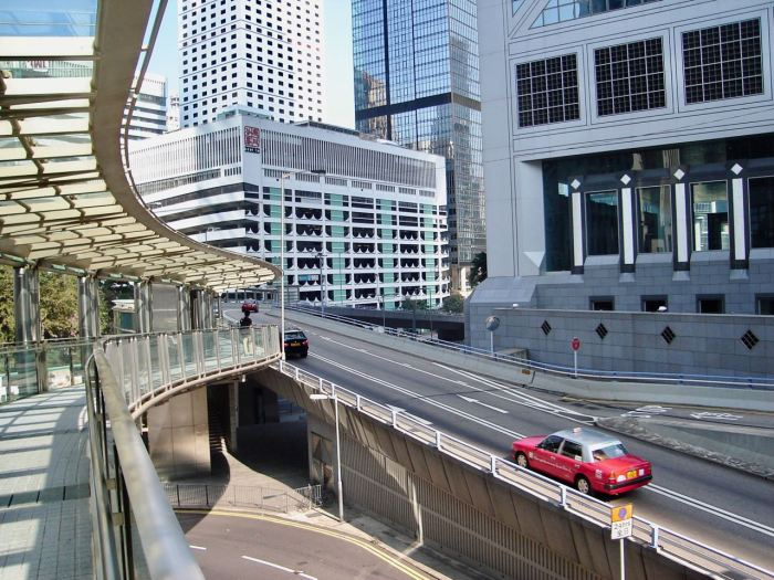 Sidewalks interweave with roads in Hong Kong. November 2006, Sony Cybershot DSC-S40